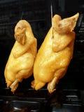 Gerookte kippen in venster van Chinees restaurant royalty-vrije stock foto's