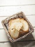 Geroosterd brood in een mand Royalty-vrije Stock Afbeelding
