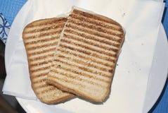 Geroosterd brood met kaas royalty-vrije stock afbeelding