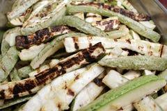 Geroosterd Graan E r r Het gezonde Eten Geroosterde courgette deli stock fotografie