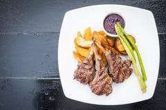 Geroosterd lamskoteletlapje vlees Stock Fotografie