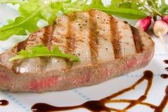 Geroosterd tonijnlapje vlees royalty-vrije stock afbeelding
