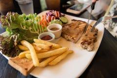 Geroosterd varkensvleeslapje vlees met groenten Royalty-vrije Stock Fotografie