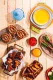 Geroosterd vlees bij een de zomerbarbecue Stock Foto's