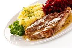 Geroosterd vlees met aardappels stock afbeelding