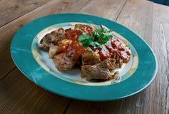 Geroosterd vlees met Spaanse pepersaus Royalty-vrije Stock Afbeeldingen