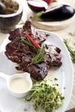 Geroosterd vlees op de plaat Stock Afbeeldingen