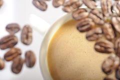 Geroosterde arabica koffiebonen Stock Foto