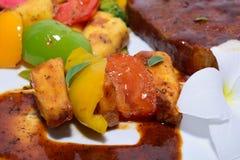 Geroosterde Broodvruchten met Lapje vlees Stock Afbeeldingen