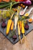Geroosterde groenten op een bakseldienblad Royalty-vrije Stock Afbeelding