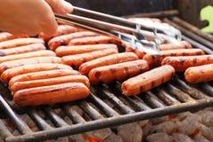 Geroosterde Hotdogs Stock Afbeeldingen