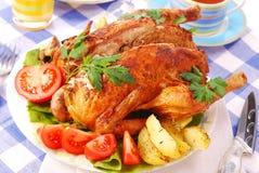 Geroosterde kip die met lever wordt gevuld Stock Afbeelding