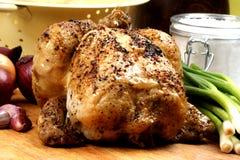geroosterde kip met één of andere organische groente Stock Foto