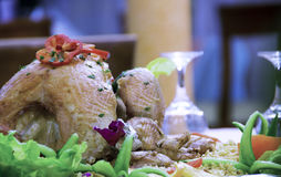 Geroosterde kip met rijst en groenten Stock Foto