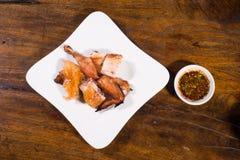 Geroosterde kip met Spaanse peperssaus Royalty-vrije Stock Foto