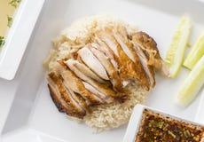 Geroosterde kip over rijst Royalty-vrije Stock Foto's
