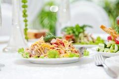 Geroosterde Kippensalade om te gaan royalty-vrije stock afbeelding