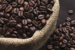 Geroosterde koffiebonen Stock Foto's