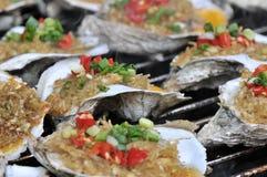 Geroosterde oester op het festival gastronomisch festival van festival gastronomisch festivalon royalty-vrije stock foto's