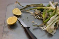 Geroosterde paprika met een aanraking van knoflook en citroenvoorbereiding royalty-vrije stock foto's