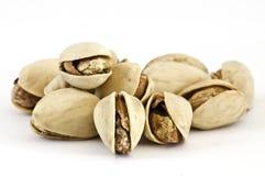 Geroosterde pistache op geïsoleerde= achtergrond Royalty-vrije Stock Foto