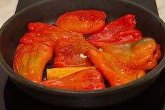 Geroosterde rode groene paprika's Stock Foto's