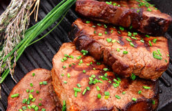 Geroosterde _-Rundvleeslapjes vlees Stock Afbeelding