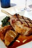 Geroosterde varkenskotelet stock foto