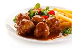 Geroosterde vleesballetjes met spaanders Royalty-vrije Stock Fotografie