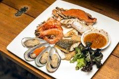 Geroosterde zeevruchtenschotels Stock Fotografie