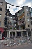 Geruïneerd huis in Slovyansk, de Oekraïne royalty-vrije stock afbeeldingen