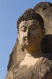 Geruïneerde Boedha in Wat Phra Si Ratana Mahaphat, Si Satchanalai, Thailand Royalty-vrije Stock Foto's