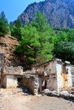 Geruïneerde huizen, dorp, Samaria Gorge Canyon, Kreta, Griekenland Royalty-vrije Stock Fotografie