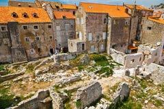 Geruïneerde Huizen in Dubrovnik Stock Fotografie