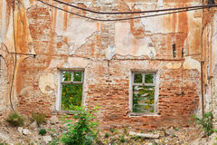 Geruïneerde muur van een huis Royalty-vrije Stock Fotografie