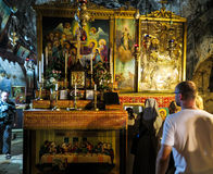 Gerusalemme, Israele - 13 luglio 2015: La chiesa ortodossa sotterranea Fotografie Stock Libere da Diritti