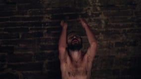 Gesù in prigione video d archivio