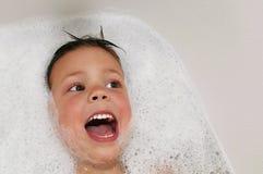 Gesang beim Nehmen eines Bades Lizenzfreie Stockfotos