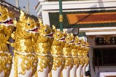 Gesangstatue bei Wat Phra That Choom Chum, Sakon Nakhon Stockfotografie