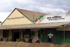 Geschäfte in Livingstone, Sambia lizenzfreie stockfotografie