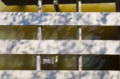 Geschädigte Landungstufe Stockfoto