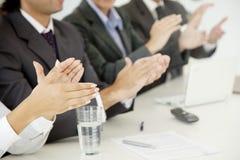 Geschäft applaudieren Lizenzfreie Stockfotos