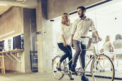 Geschäft in der Bewegung, Partnerschaft Stockfotos