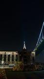 Geschäft - Heftklammer-Stadt-Skyline Stockfotografie