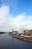 Geschäft - Heftklammer-Stadt-Skyline Stockbilder