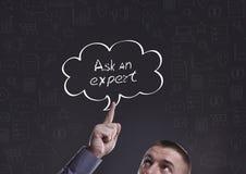 Geschäft, Technologie, Internet und Marketing Junger Geschäftsmann Lizenzfreies Stockfoto