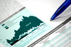 Geschäft und Finanzreport Lizenzfreie Stockfotos