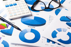 Geschäfts-Diagramme blau Stockbild
