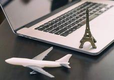 Geschäfts-Flugzeugverkehr nach Paris Frankreich, Lizenzfreie Stockfotografie