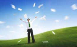 Geschäfts-Geschäftsmann-Documents Throwing Happiness-Konzept stockfoto